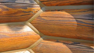 Можно ли красить герметик для деревянного дома?