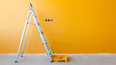 Чем отличаются фасадные и интерьерные краски?